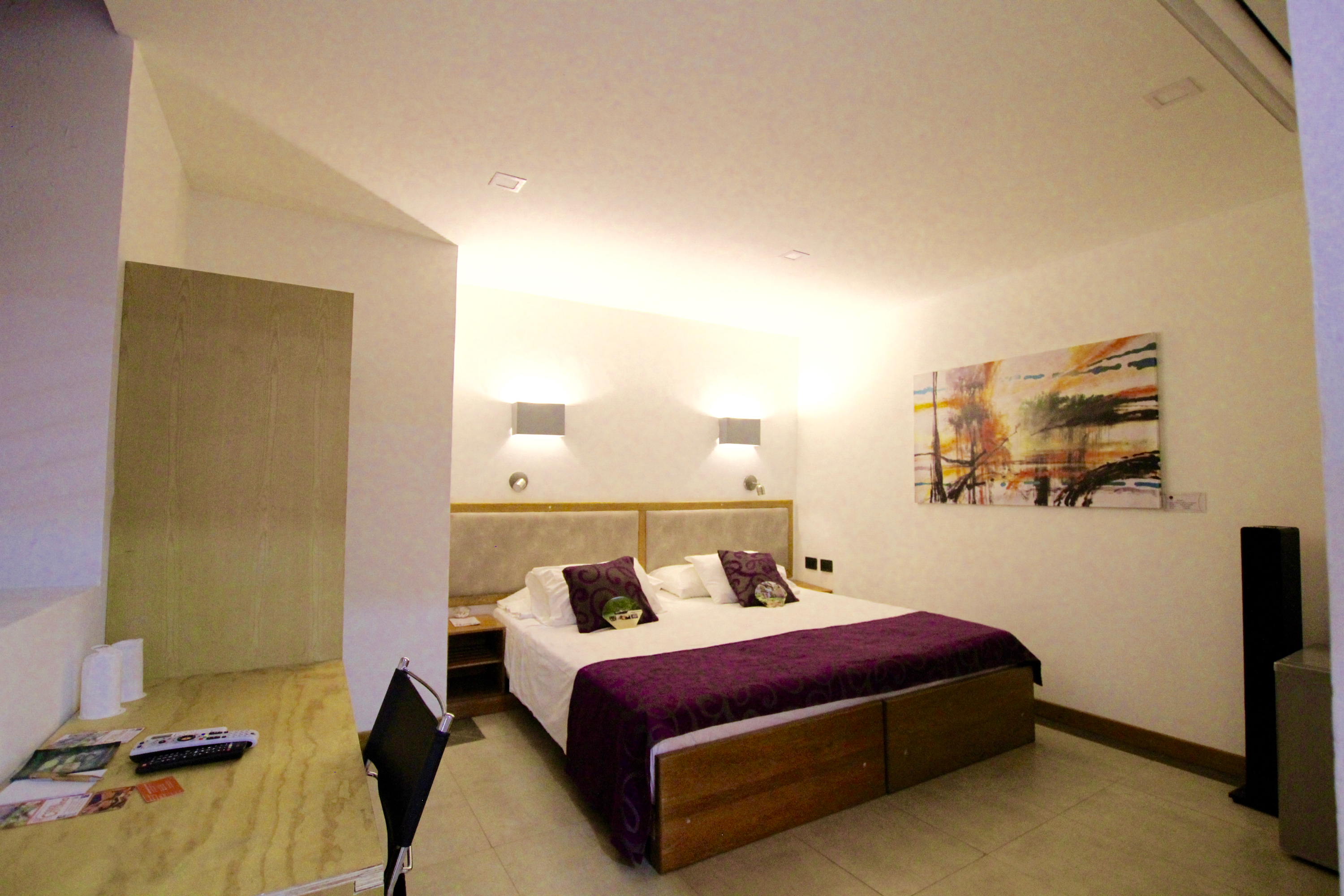 Room 106 Ground Floor And Secluded 28m²